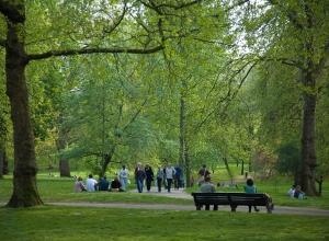 Green_Park,_London_-_April_2007